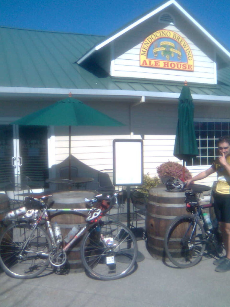 dasbike-santa-rosa-cycling-club-beer-brevet-mendocino-ale-house